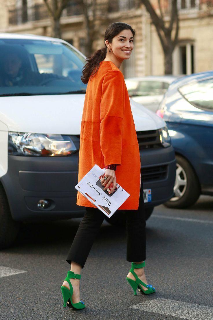 Look abrigo naranja