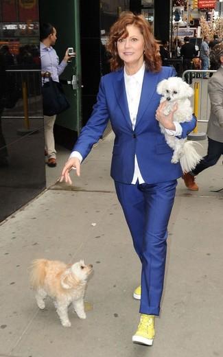 Blazer azul camisa de vestir blanca pantalon de vestir azul zapatillas altas amarillas large 13342