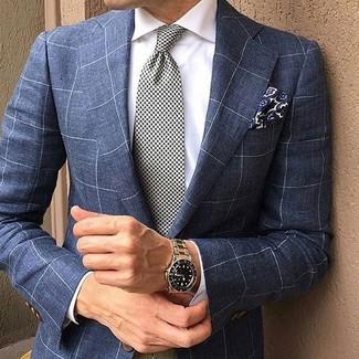 Cómo combinar: blazer a cuadros azul marino, camisa de vestir blanca, corbata de pata de gallo en blanco y negro, pañuelo de bolsillo con print de flores azul marino