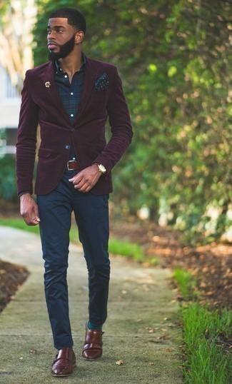 Cómo combinar una camisa de vestir de tartán azul marino: Considera ponerse una camisa de vestir de tartán azul marino y un pantalón chino azul marino para un lindo look para el trabajo. Elige un par de zapatos con doble hebilla de cuero burdeos para mostrar tu inteligencia sartorial.