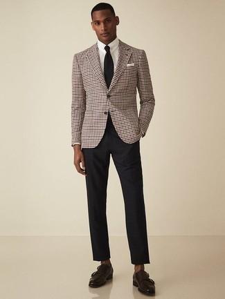 Cómo combinar una corbata negra: Considera ponerse un blazer de pata de gallo burdeos y una corbata negra para una apariencia clásica y elegante. Zapatos con doble hebilla de cuero en marrón oscuro son una opción incomparable para complementar tu atuendo.