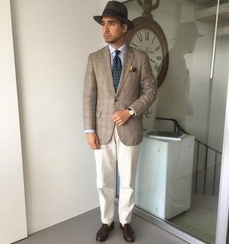 Cómo combinar un sombrero de lana en marrón oscuro: Casa un blazer de tartán marrón junto a un sombrero de lana en marrón oscuro para un look agradable de fin de semana. ¿Te sientes valiente? Complementa tu atuendo con mocasín de cuero en marrón oscuro.