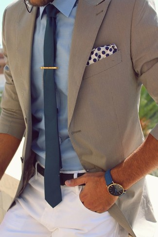 Pañuelo de bolsillo a lunares en blanco y azul marino de Drakes