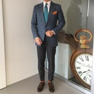 Cómo combinar un blazer de tartán azul marino: Emparejar un blazer de tartán azul marino con un pantalón de vestir negro es una opción práctica para una apariencia clásica y refinada. Con el calzado, sé más clásico y opta por un par de zapatos oxford de cuero en marrón oscuro.