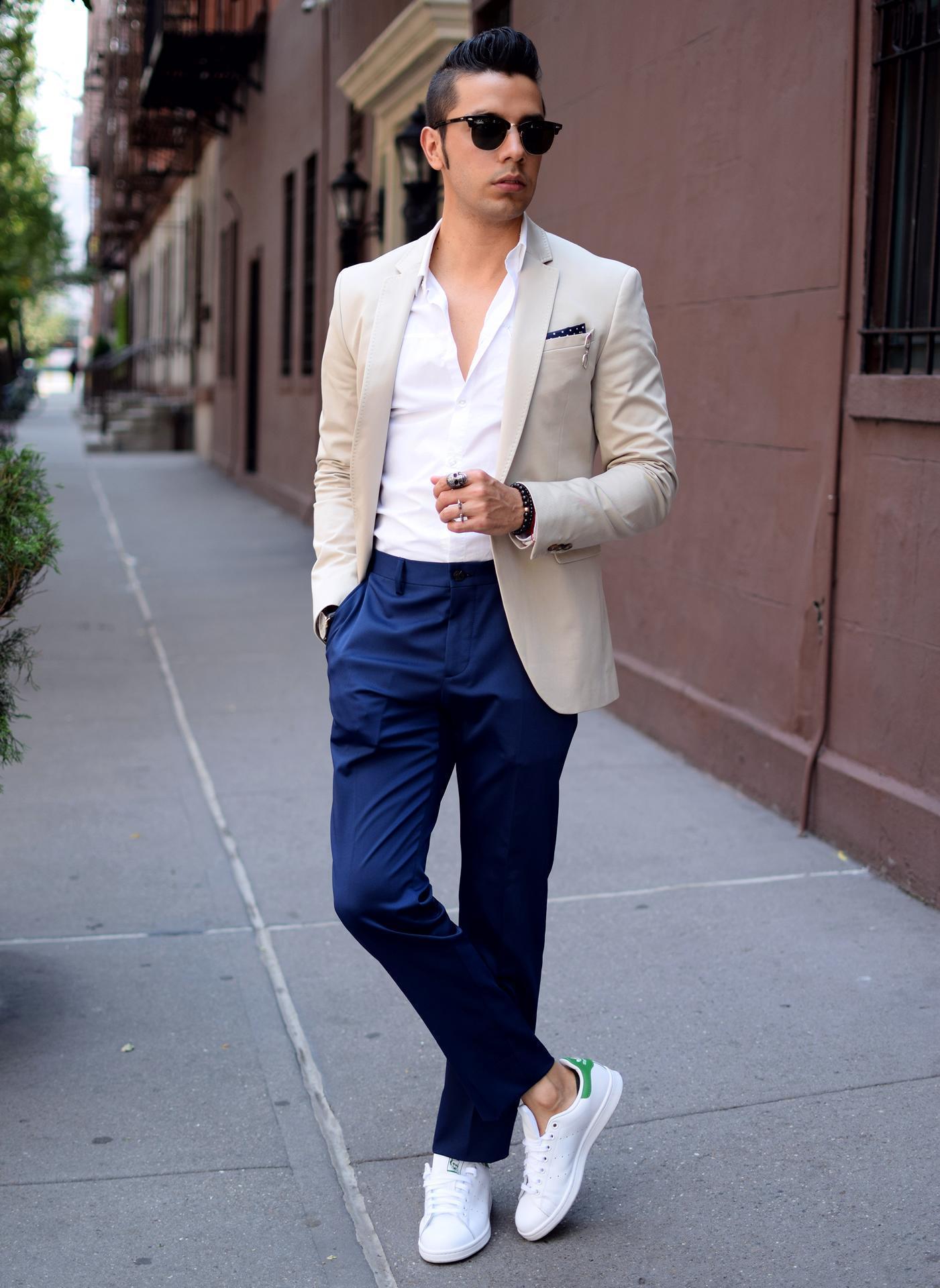 pantalon azul marino y camisa blanca hombre. Black Bedroom Furniture Sets. Home Design Ideas