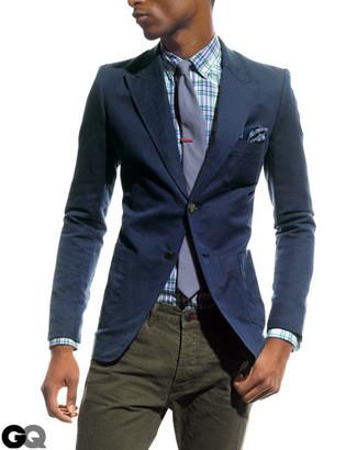 Cómo combinar: blazer azul marino, camisa de vestir de tartán en blanco y azul, vaqueros verde oliva, corbata violeta claro