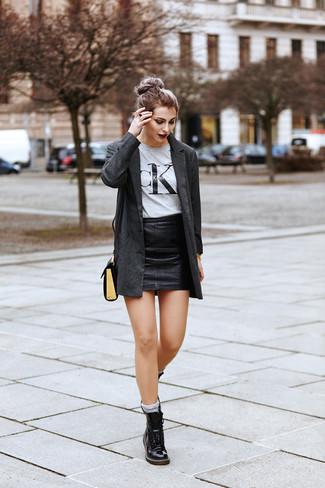venta caliente online muchos de moda últimos diseños diversificados Cómo combinar una minifalda de cuero negra (181 looks de ...