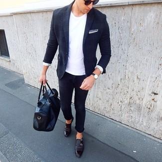 Cómo combinar: blazer de lana de tartán azul marino, camiseta con cuello circular blanca, vaqueros pitillo azul marino, zapatos con doble hebilla de cuero negros