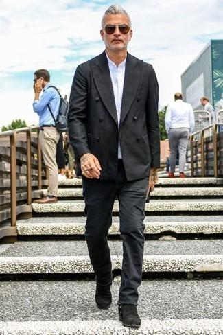 Cómo combinar unas gafas de sol marrónes: Ponte un blazer cruzado negro y unas gafas de sol marrónes para cualquier sorpresa que haya en el día. Con el calzado, sé más clásico y haz botines chelsea de ante negros tu calzado.