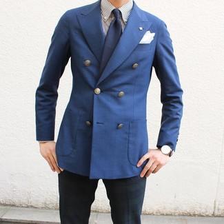 Cómo combinar: blazer cruzado azul, camisa de vestir de rayas verticales en blanco y azul marino, pantalón de vestir de tartán en azul marino y verde, corbata azul marino
