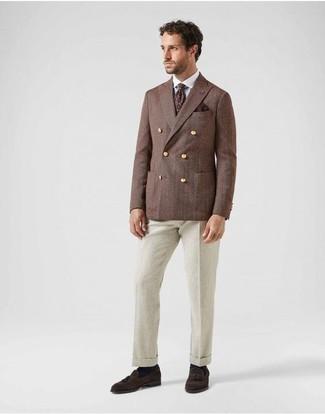 Cómo combinar una corbata estampada burdeos: Emparejar un blazer cruzado marrón junto a una corbata estampada burdeos es una opción excelente para una apariencia clásica y refinada. ¿Por qué no añadir mocasín con borlas de ante en marrón oscuro a la combinación para dar una sensación más relajada?