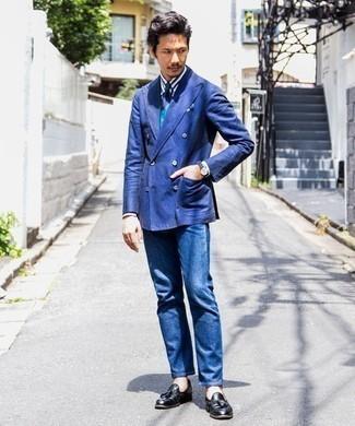 Cómo combinar una corbata de rayas horizontales azul marino: Emparejar un blazer cruzado azul con una corbata de rayas horizontales azul marino es una opción grandiosa para una apariencia clásica y refinada. ¿Quieres elegir un zapato informal? Elige un par de mocasín con borlas de cuero negro para el día.
