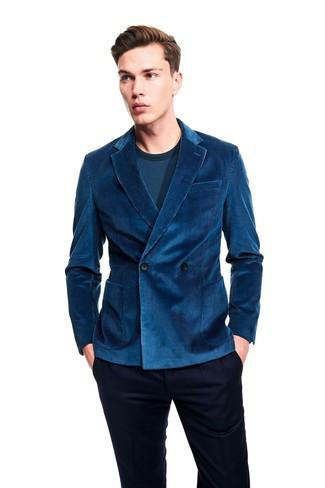 Cómo combinar: blazer cruzado de pana en verde azulado, camiseta de manga larga en verde azulado, pantalón de vestir azul marino