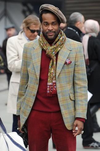 Cómo combinar: blazer de tartán verde oliva, jersey de cuello alto rojo, pantalón chino de pana rojo, gorra inglesa de cuadro vichy marrón