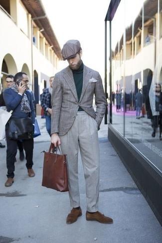 Cómo combinar unos zapatos con doble hebilla de ante en marrón oscuro: Ponte un blazer de tartán gris y un pantalón de vestir gris para una apariencia clásica y elegante. Zapatos con doble hebilla de ante en marrón oscuro son una opción grandiosa para complementar tu atuendo.