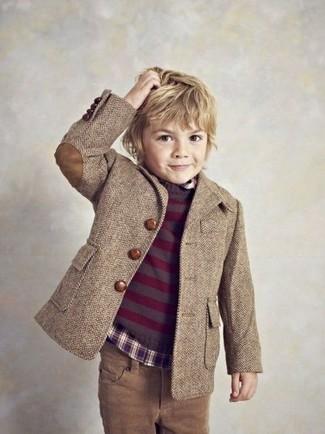 Cómo combinar: blazer marrón, jersey morado oscuro, camisa de manga larga morado oscuro, vaqueros marrónes