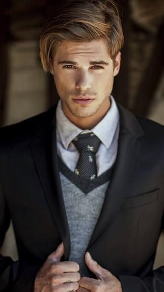 Cómo combinar: blazer negro, jersey de pico gris, camisa de vestir gris, corbata estampada negra