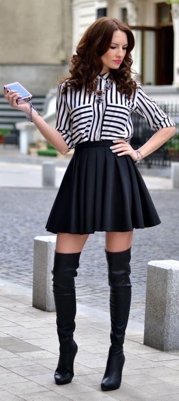 8fae6d97f6 Look de moda  Blusa de botones de rayas verticales en blanco y negro ...