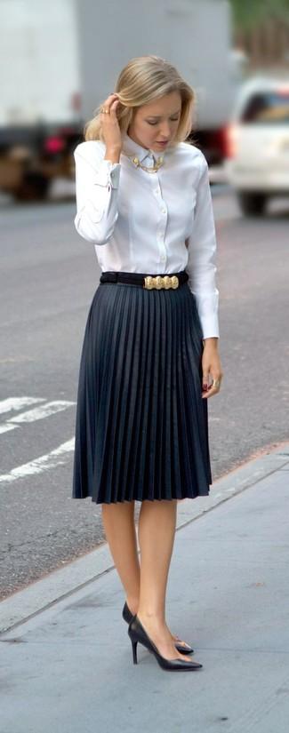 Cómo Combinar Una Falda Plisada Azul Estilo Elegante 9 Outfits Lookastic España