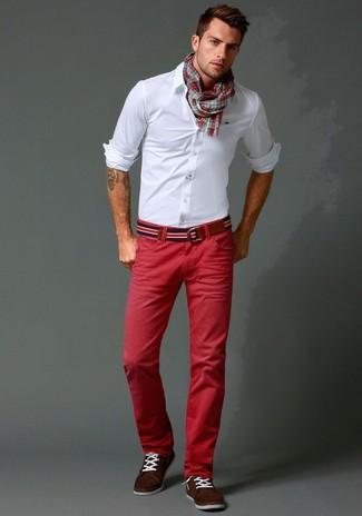 3ee3f7fcba Cómo combinar un pantalón chino rojo en primavera 2019 (21 looks de ...