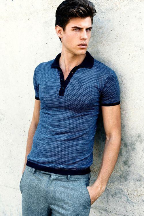 Cómo combinar una camisa polo azul (78 looks de moda)  9354913f5104b