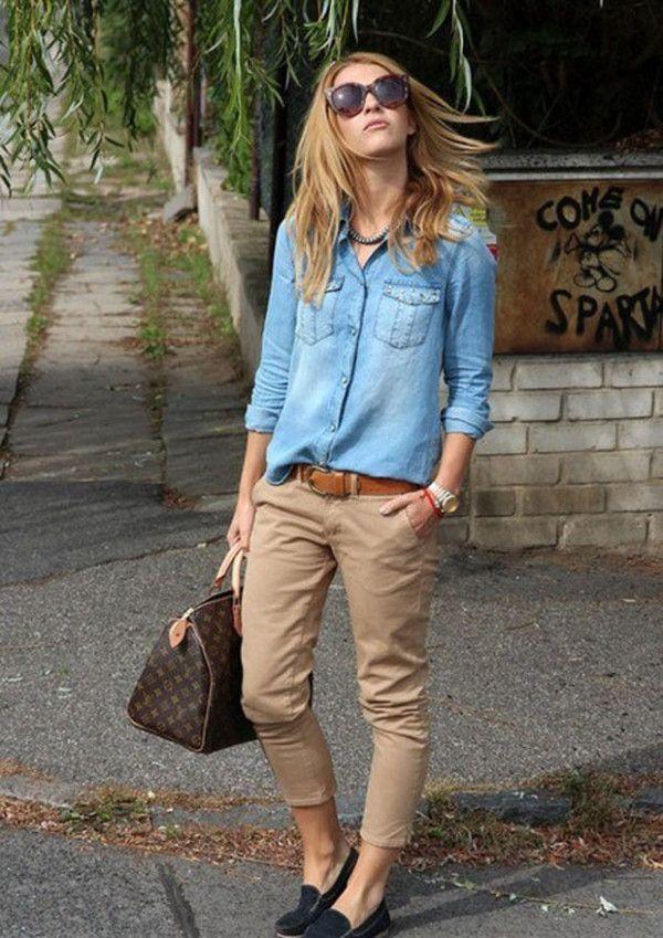 4cc9a5616 Una camisa vaquera de vestir con un pantalón chino marrón claro (3 looks de  moda)