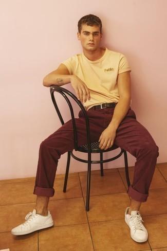Pantalón chino burdeos de Tommy Hilfiger
