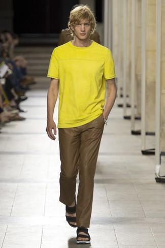 Pantalón chino marrón de Givenchy