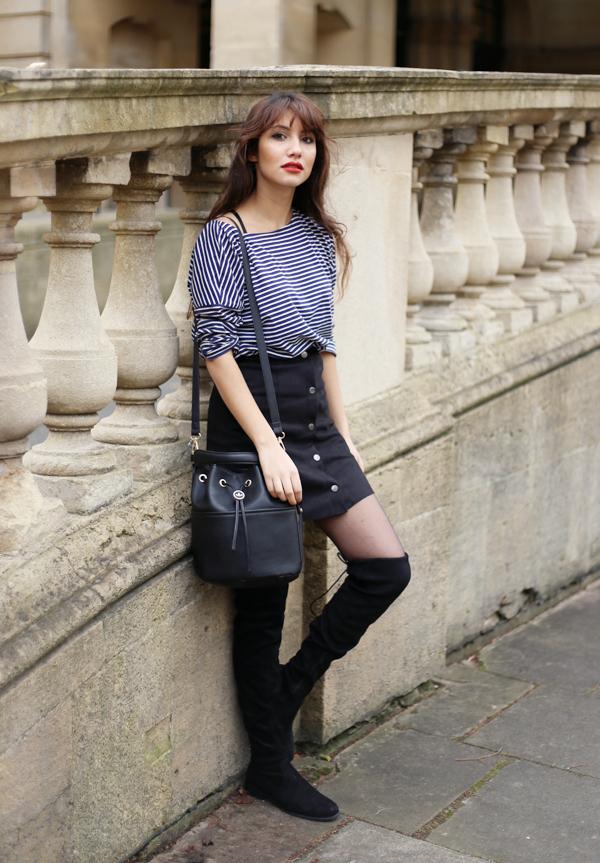 Moda De Con 25 Moda Combinar Botones Una Negra Falda Cómo Looks qxB8AHOq