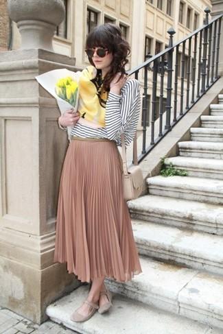 36fb0131e Cómo combinar una falda plisada rosada (61 looks de moda) | Moda ...
