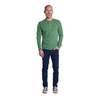 Cómo combinar unos tenis de lona azul marino: Utiliza una camiseta henley de manga larga verde y unos vaqueros azul marino para una apariencia fácil de vestir para todos los días. Tenis de lona azul marino son una opción excelente para completar este atuendo.