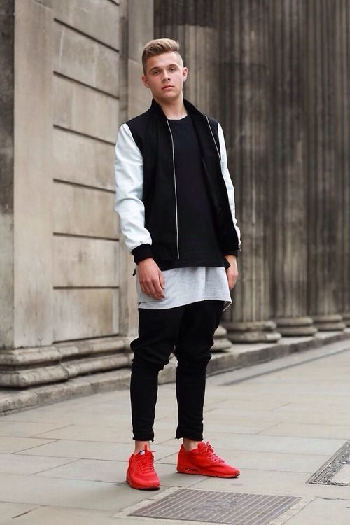 Look de moda Cazadora de Aviador en Negro y Blanco, Jersey con Cuello Circular