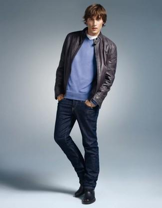 Casa un jersey de pico azul de Maerz junto a unos vaqueros azul marino para una apariencia fácil de vestir para todos los días. Usa un par de botas casual de cuero negras para mostrar tu inteligencia sartorial.