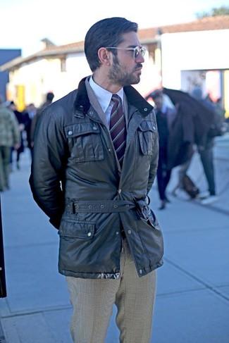 Cómo combinar: chaqueta campo negra, blazer de tartán gris, camisa de vestir blanca, pantalón de vestir de tartán gris