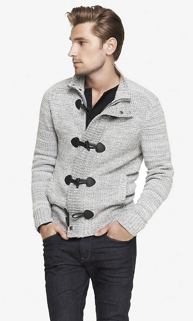 Combinar chaqueta punto gris hombre