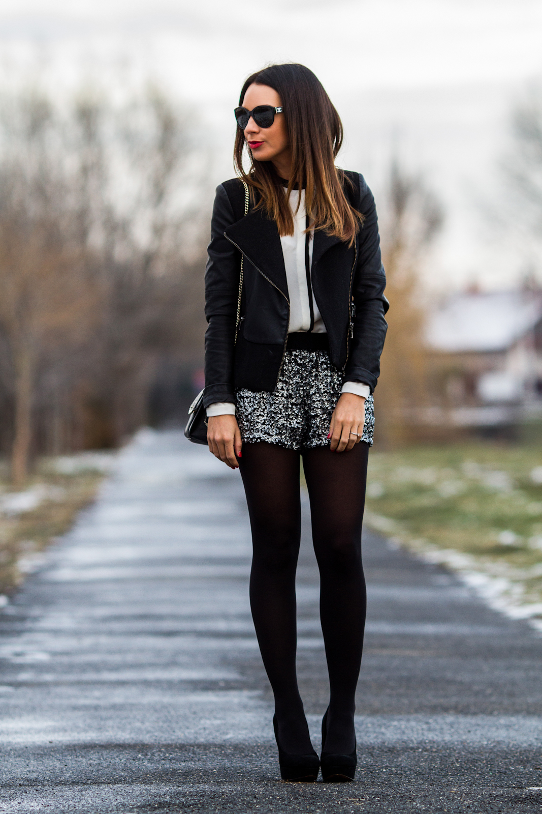 Vestidos manga larga cortos con medias