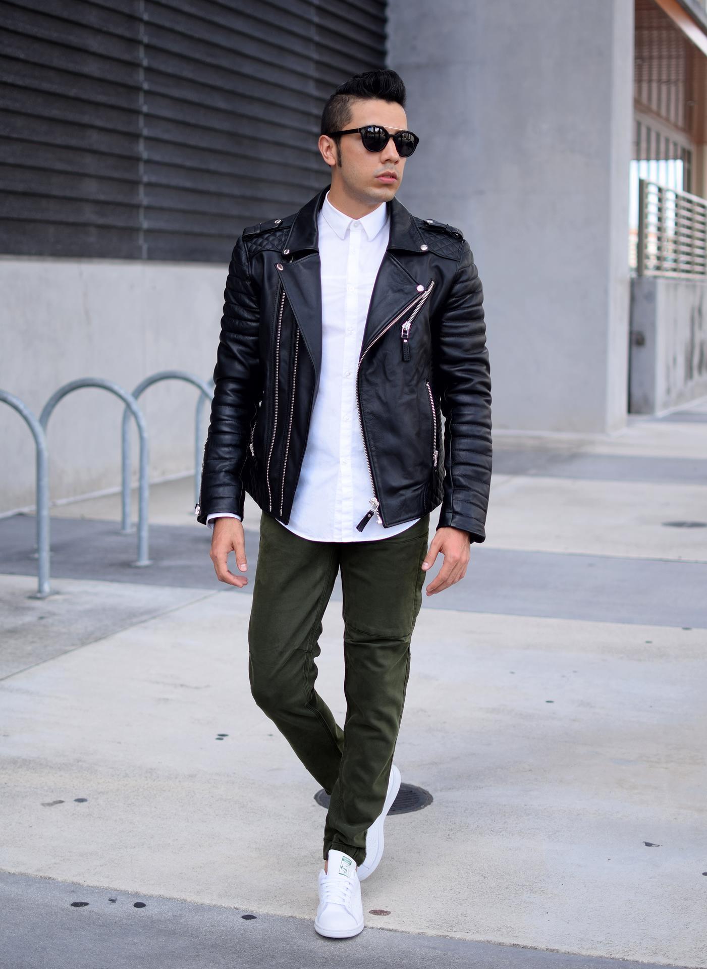 Como vestir una chaqueta de cuero negra