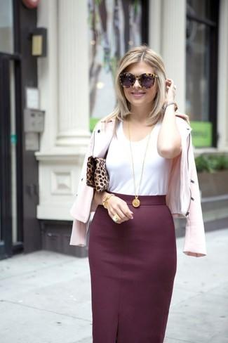 f1d5cc0e8 Cómo combinar una falda lápiz burdeos (53 looks de moda) | Moda para ...
