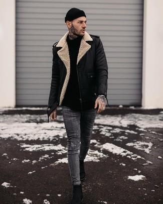 Cómo combinar un gorro: Emparejar una chaqueta motera de cuero negra con un gorro es una opción grandiosa para el fin de semana. Usa un par de botines chelsea de cuero negros para mostrar tu inteligencia sartorial.