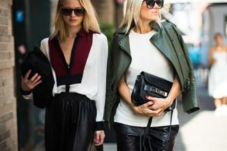 Pantalones cortos de cuero negros de Saint Laurent