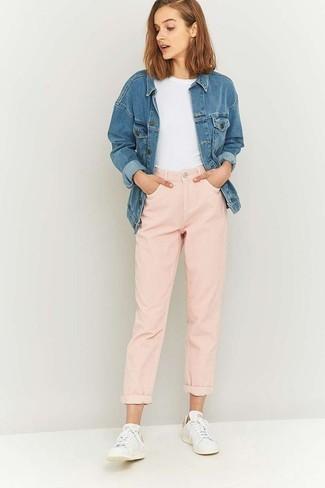Como Combinar Unos Pantalones Rosados 131 Outfits Lookastic Espana
