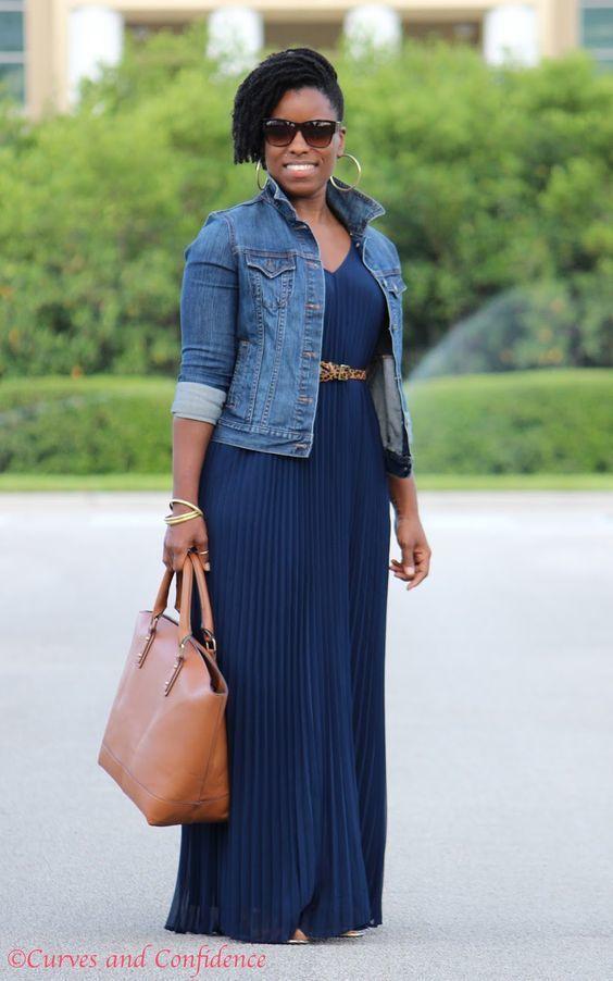 la compra auténtico venta caliente online descuento Un vestido largo de vestir con una chaqueta vaquera azul (16 ...
