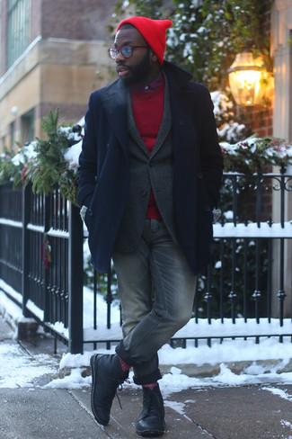 Cómo combinar un chaquetón azul marino: Ponte un chaquetón azul marino y unos vaqueros grises para crear un estilo informal elegante. Botas casual de cuero negras son una opción buena para completar este atuendo.