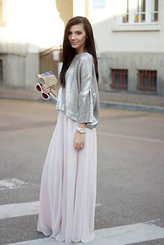 Cómo combinar: falda larga de gasa en beige, gafas de sol en beige, reloj blanco