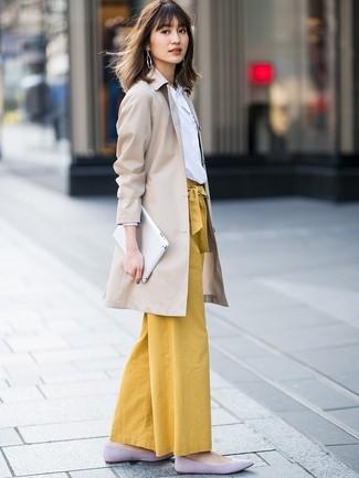 Unos Pantalones Anchos De Vestir Con Una Gabardina En Beige 13 Outfits Lookastic Espana