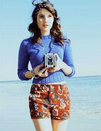 Jersey con cuello barco azul pantalones cortos de flores rojos cinta para la cabeza a lunares negra y blanca large 388
