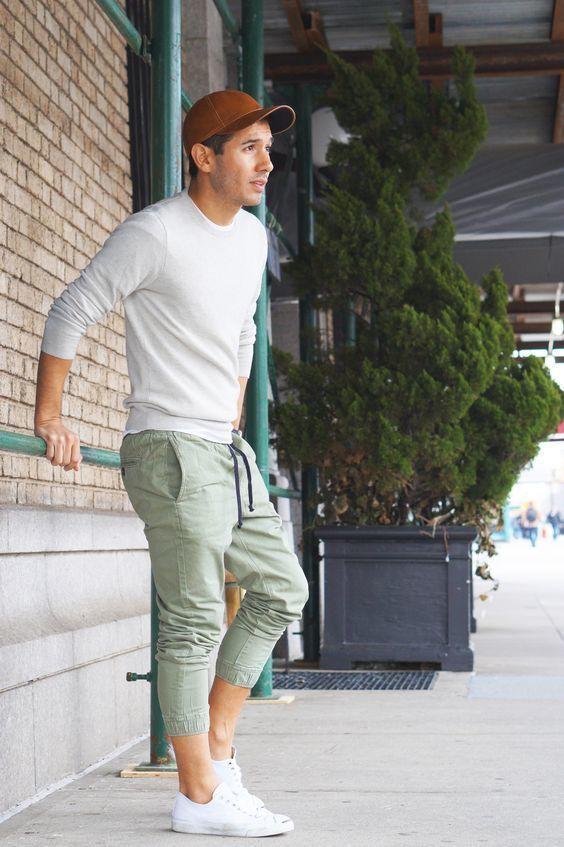 6dde3e0382 Cómo combinar un pantalón de chándal en verde menta (3 looks de moda ...