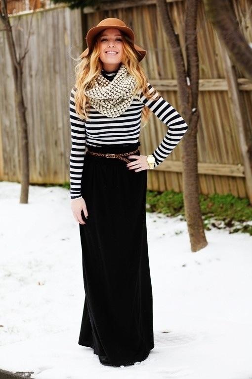 ec4160263 Cómo combinar una falda larga negra (83 looks de moda)   Moda para ...