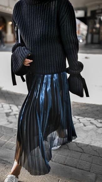Cómo Combinar Una Falda Midi Plisada Azul Marino 27 Outfits Lookastic España