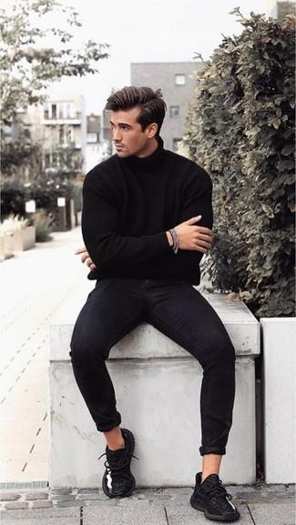 Jersey de cuello alto negro de Calvin Klein